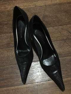 Janylin black shoes