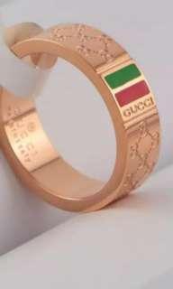 Gucci ring 18K
