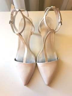 Zara white kitten heels