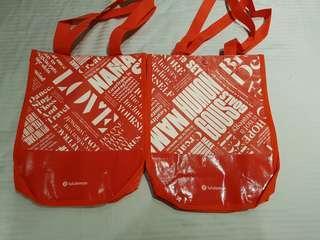 Lululemon shopping bag