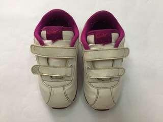 (Pre-loved) WHITE / PURPLE - BABY GIRL - NIKE SHOES - SIZE 6.5 UK