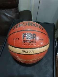 Molten GG7X Basketball