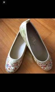 鞋 繡花掛皇鞋