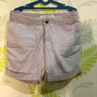 Celana Pendek Ungu Pastel