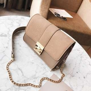 Brown minimalistic crossbody bag