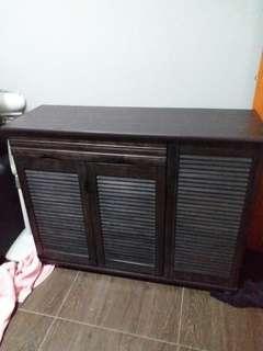 Excellent condition dark brown Shoe Cabinet