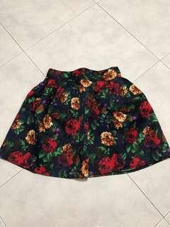 Pre-loved floral skirt free size