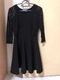 Pre-loved Tracyeinny black lace dress