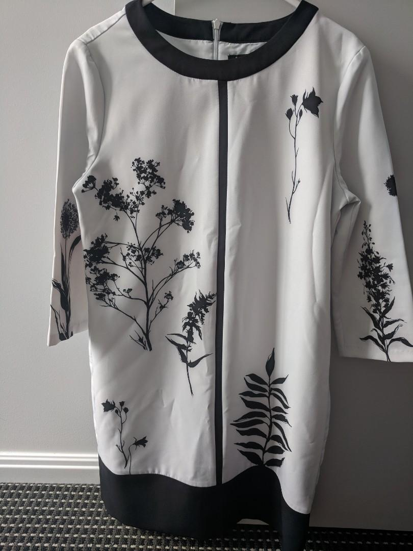 Black and white dress perfect for the Darby Day size 6-8