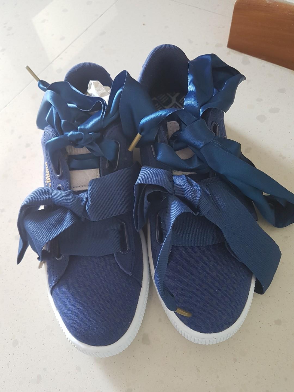 80fc7dbef1c1 BNWB Puma Basket Heart Sneaker