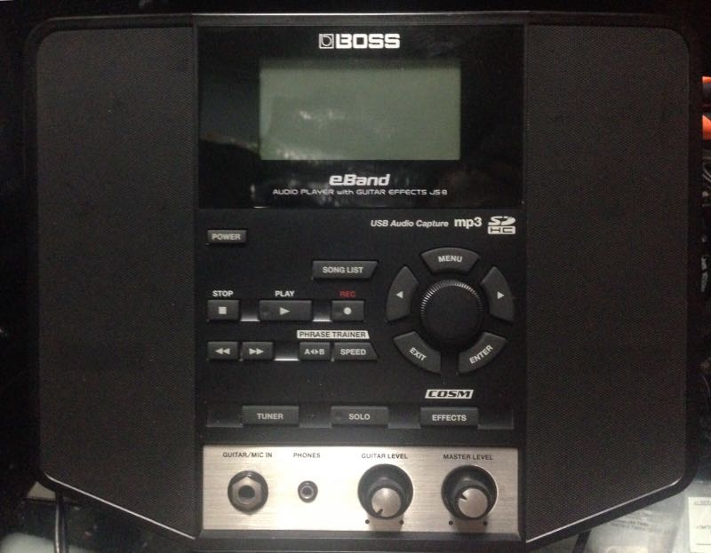 BOSS JS-8, AUDIO PLAYER WITH GUITAR EFFECTS, USB AUDIO CAPTURE MP3, GUITAR  / MIC IN