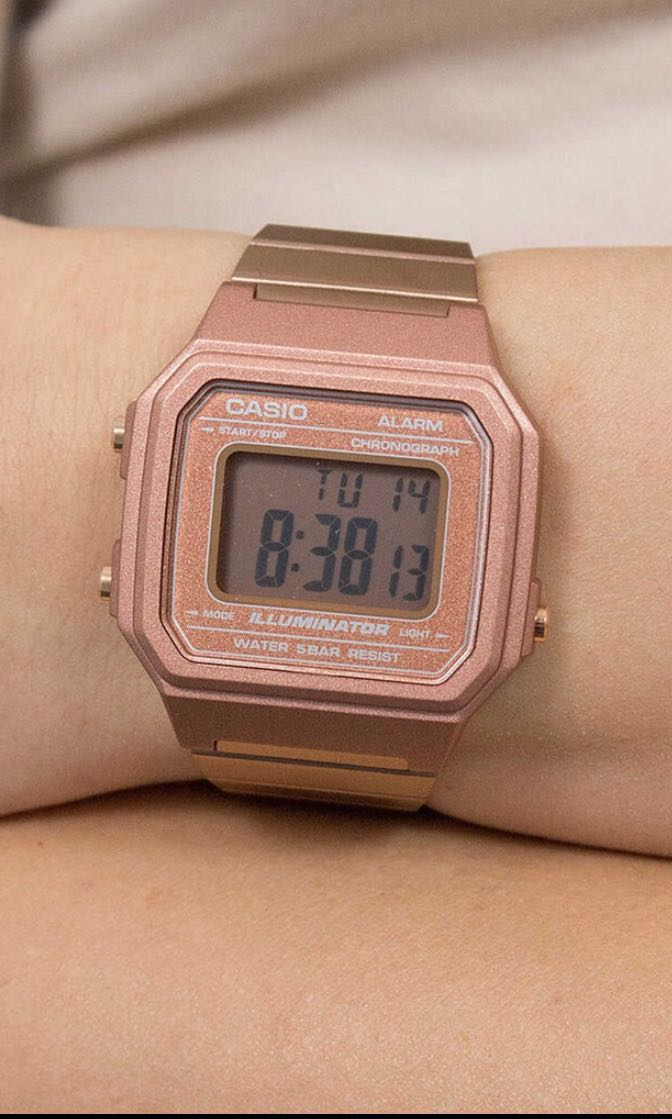 867beb096 Casio vintage square watch (rose gold) , Women's Fashion, Watches on  Carousell