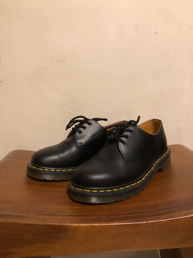 b98d06e7f0de40 Dr Martens (Classic) Smooth, Women s Fashion, Shoes, Others on Carousell
