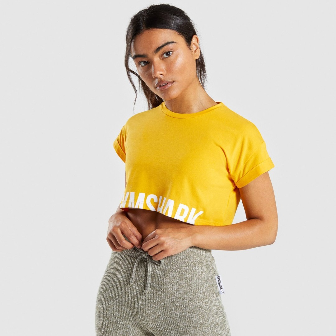 7cbb1807be55d GYMSHARK FRACTION CROP TOP IN CITRUS YELLOW WHITE