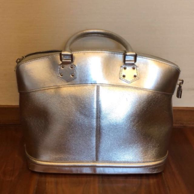 Louis Vuitton silver suhali leather lockit PM bag bacabef61c726