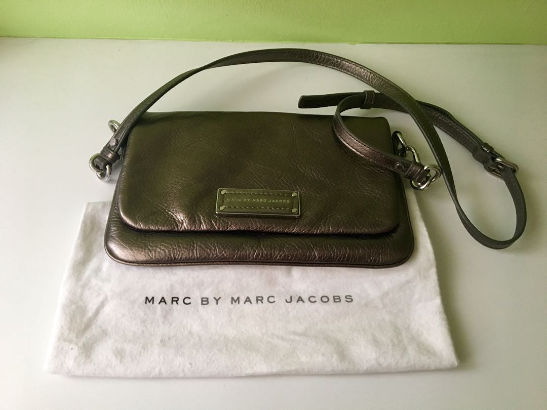 2f68cc4b15e8 Marc By Marc Jacobs Sling Bag