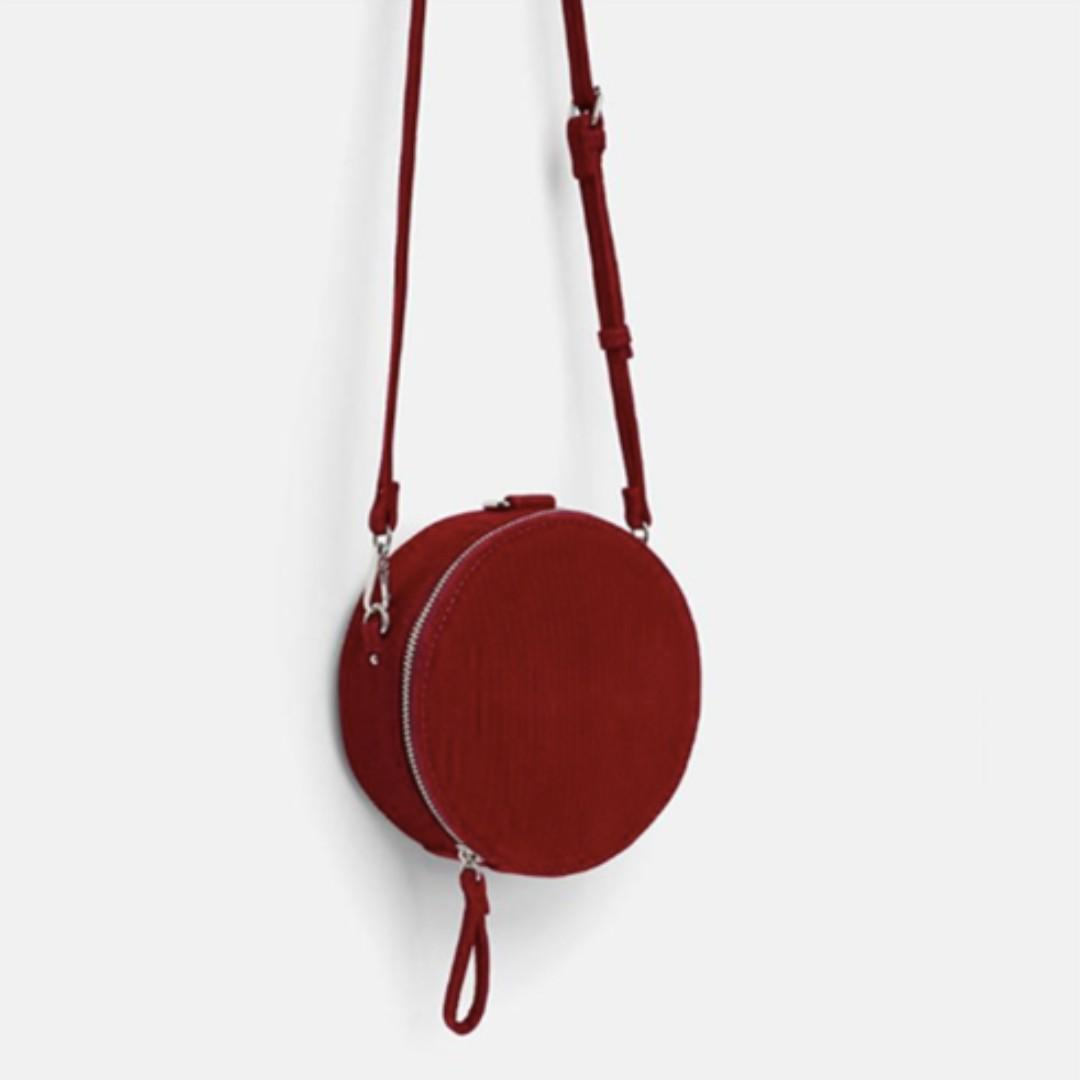 f607ca8a PO) Zara Round Corduroy Crossbody Bag, Women's Fashion, Bags ...