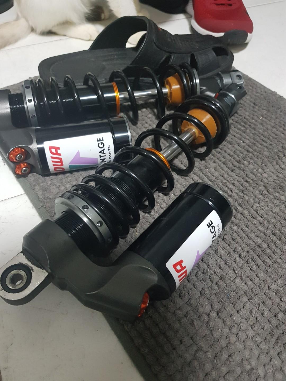 Replica showa suspension for XMax 300, Motorbikes, Motorbike