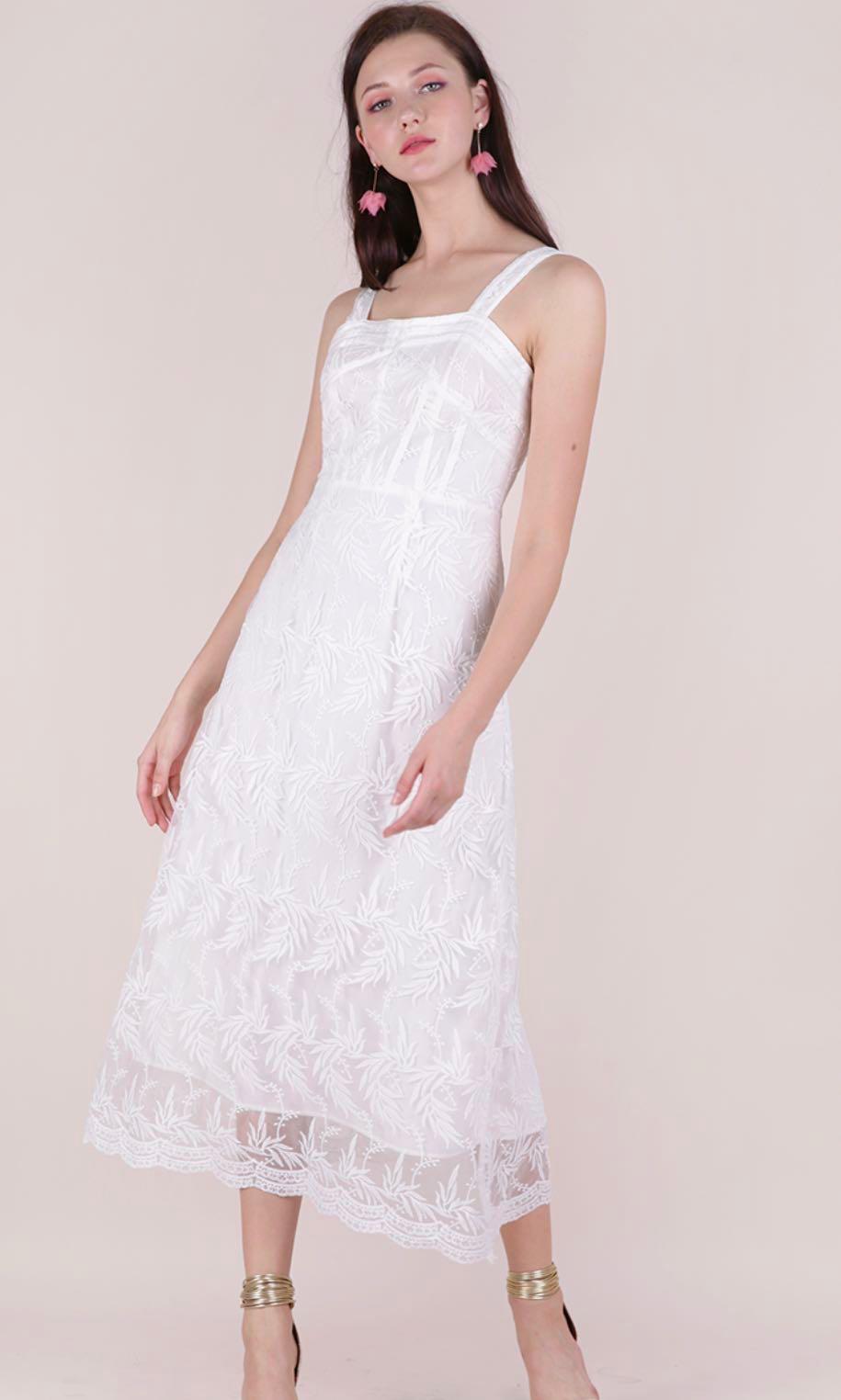 af772b35094 TheTinselRack Isabel Mesh Embroidery Dress (White)