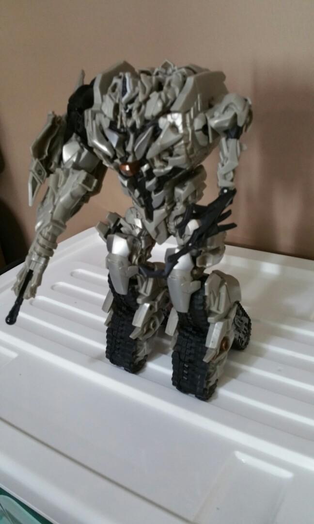 Transformers Movie Leader Ressurected Megatron (Displayed Model)