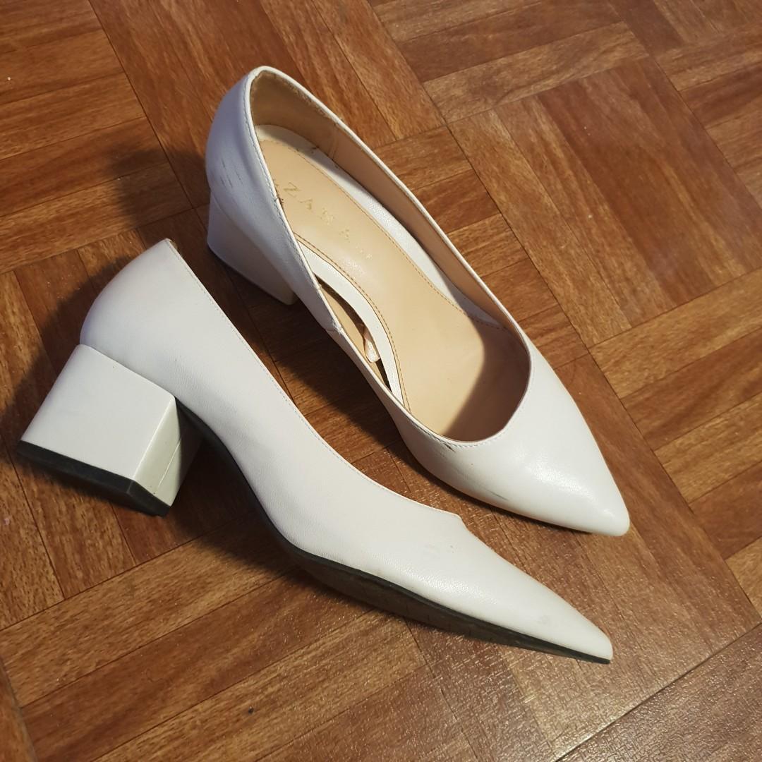 Zara white block heels, Women's Fashion