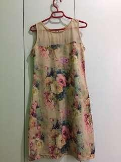 Floral dresses and a FREE dainty skirt