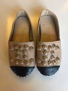 Baby girl chanel look alike shoes size 25