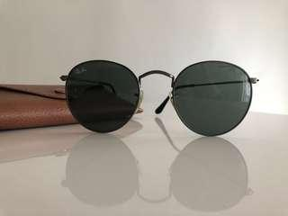 Authentic serialized Ray Ban Round sunglasses