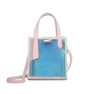 🚚 BNIP pink holographic sling bag
