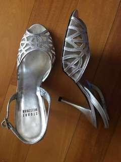 Beautiful silver shoes, excellent condition