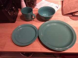 Turquoise dinner set