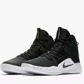 🚚 Nike Hyperdunk X - Black White US14 UK13