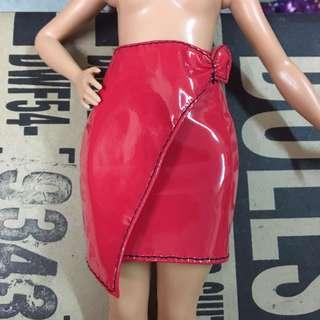 Barbie curvy Red skirt