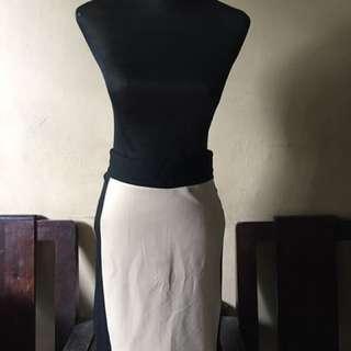Apartment eight skirt