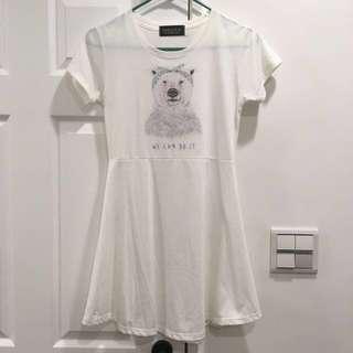 🚚 免費)北極熊白色洋裝/傘狀長上衣