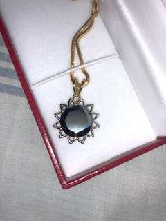 Special 14-Karats Ladies Bicolorgold Necklace Thick Soft Omega with Est. 5.7Carats Black Diamond Moissanitte