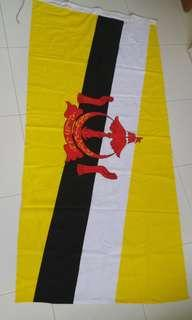 Brunei flag. 3ft by 6 ft (90cm by 183cm). Cloth. Feel free to drop an offer.