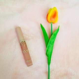 KKW Creme Liquid Lipstick Kim Kardashian Collection
