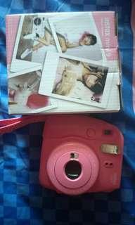 Instax 9 polaroid pink