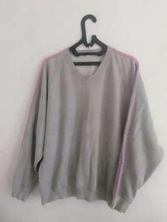 Sweater abu tebal