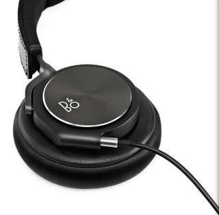 B&O PLAY by Bang & Olufsen BeoPlay H6 Premium Over-Ear Headphones (Black) (2nd Gen)