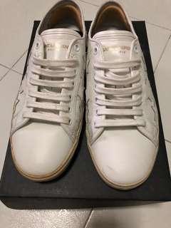 Saint Laurent Distress Courr sneakers