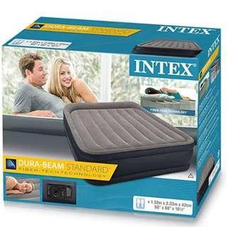 P8 Intex Unisex's Queen Deluxe Raised P 64136 Air Bed - Display Set