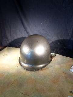 軍用鋼盔~