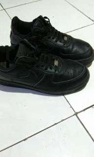 air force 1 triple black