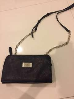 Guess / tas selempang / pouch / sling bag