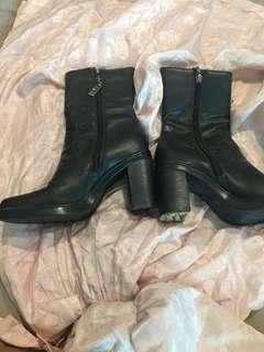 Authentic Tommy Hilfiger boots