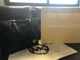 Original Michael Kors Jet Set Large Top-Zip Saffiano Leather Tote