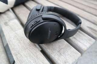 Bose Quiet Comfort Qc35 wireless Bluetooth headphones