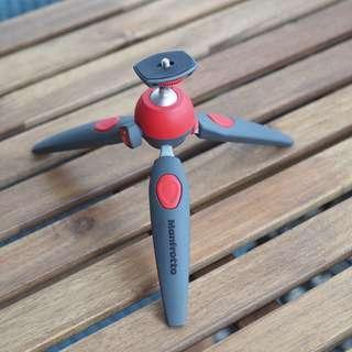 Manfrotto Pixi Evo mini tripod